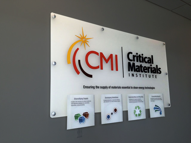 CriticalMaterials_sign_640x480