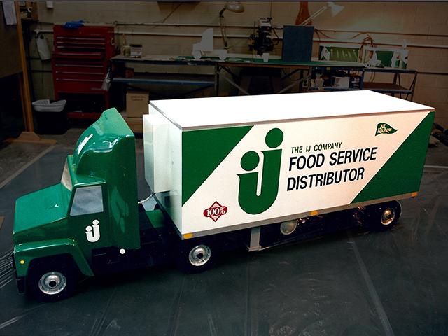 IJ Truck Replica